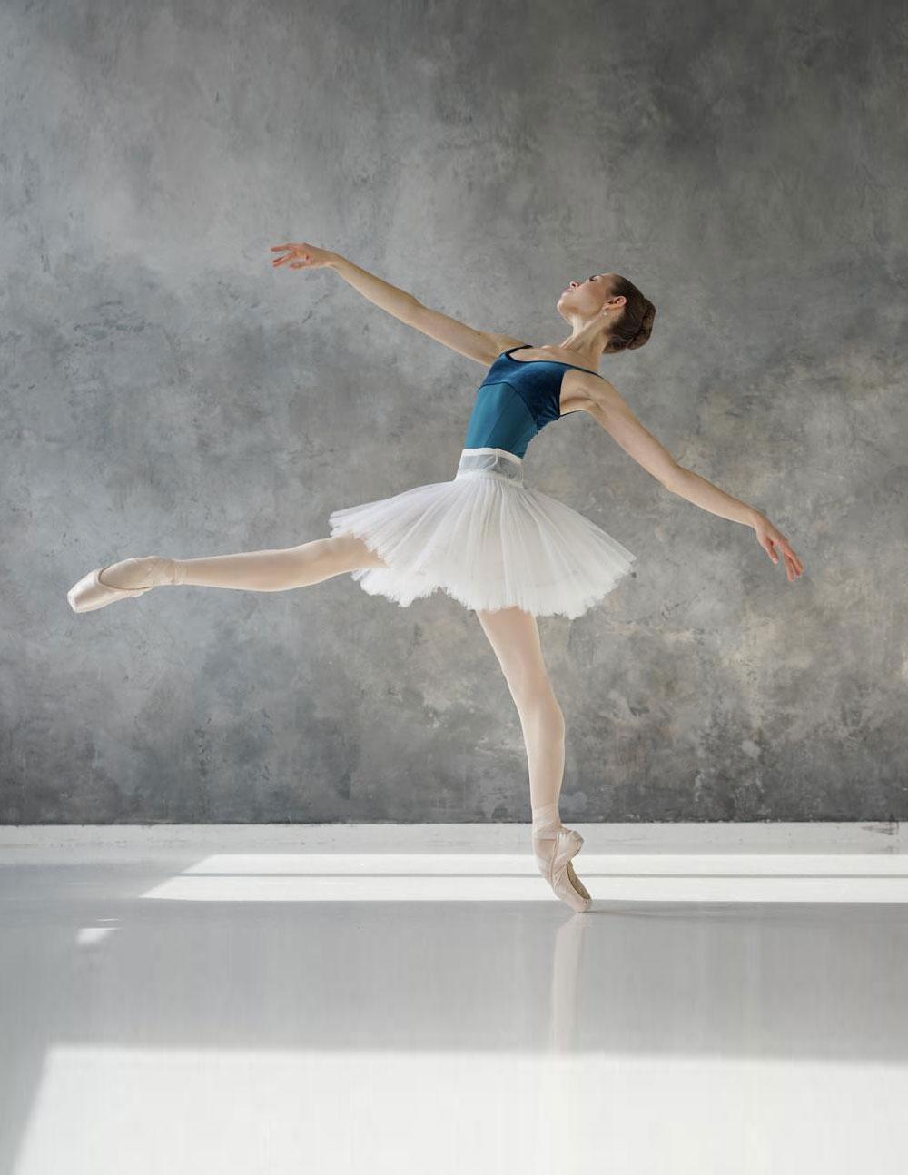V & T Dance Academy